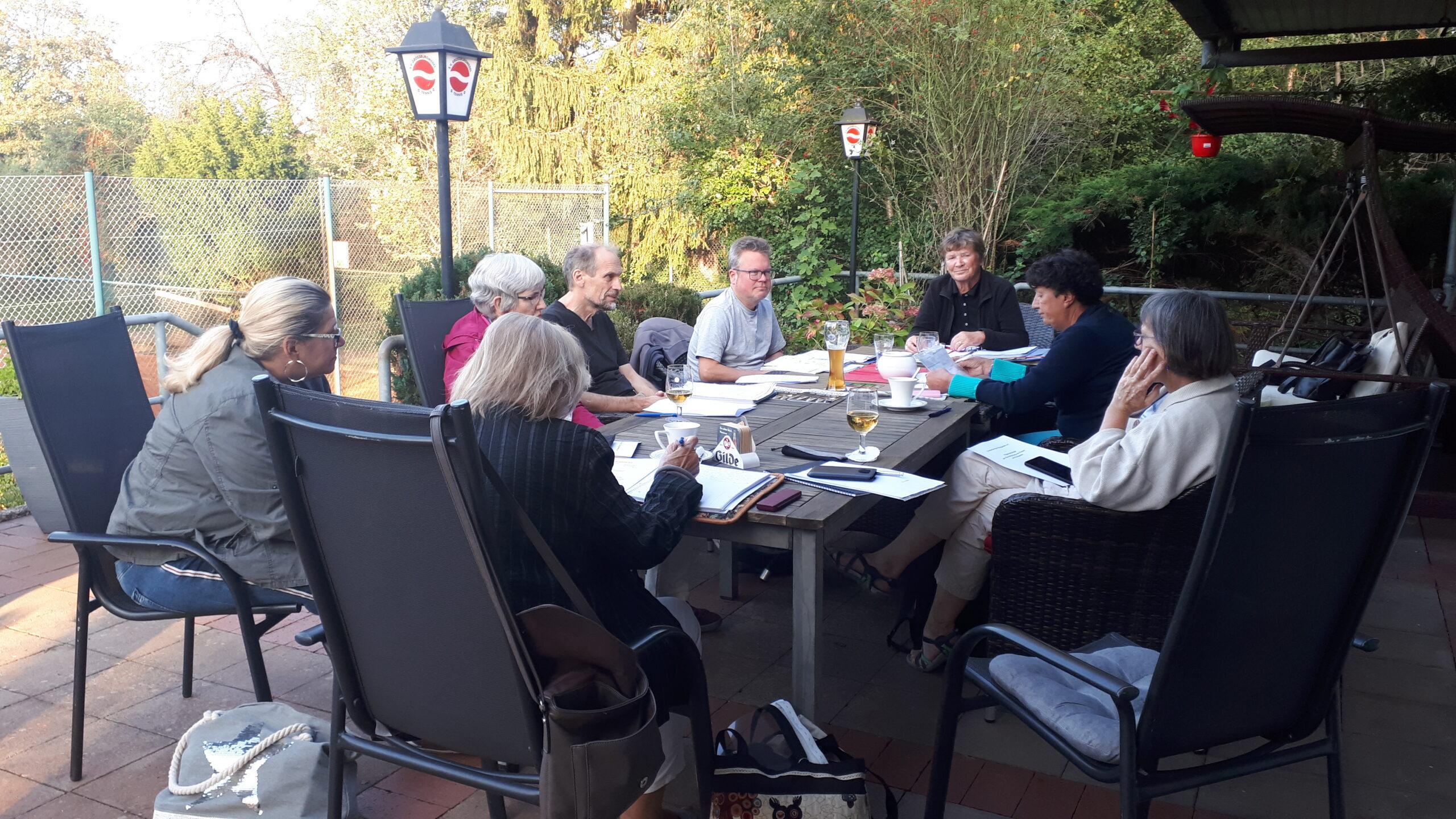 Der Vorstand tagt outdoor in Corona-Zeiten im September 2020